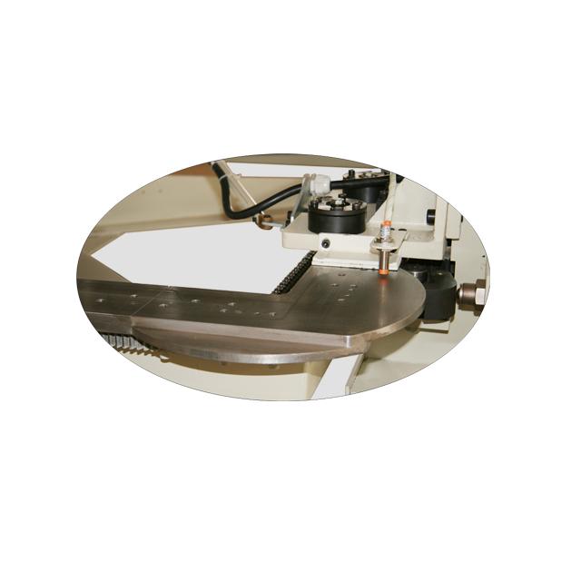 FB6 床墊縫紉圍邊機